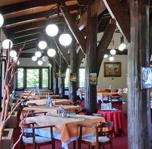 The second-floor restaurant andromeda is atmosphere of mountain hut