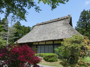Thatched old folk house in photography studio for exclusive use of cosplayer